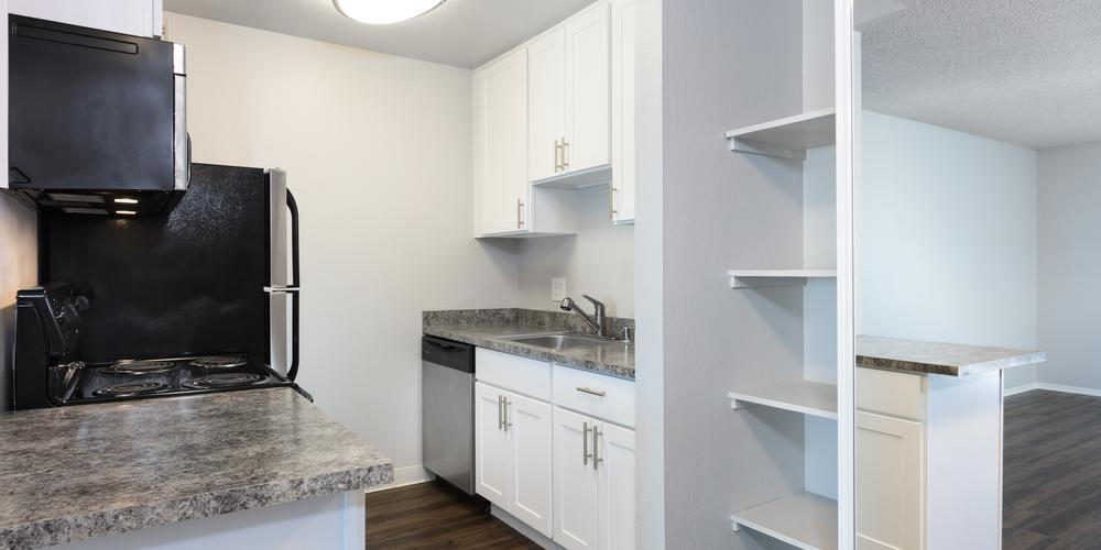 Fully Equipped Kitchen at Skyline Heights Apartments in Daly City, CA