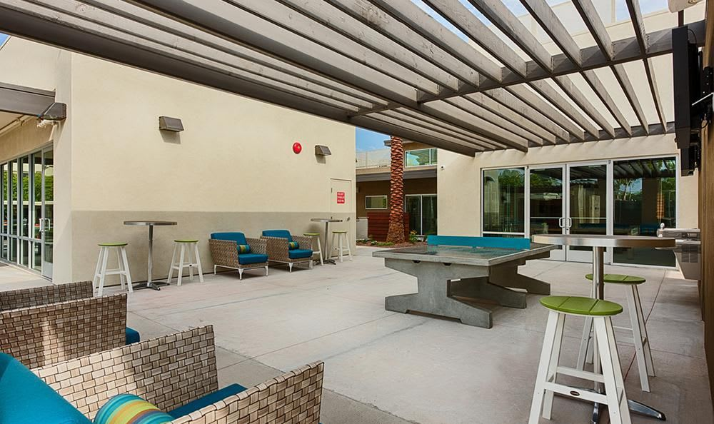 Outdoors Meeting Area With Ping Pong Table at Avana McCormick Ranch Apartments in Scottsdale, AZ