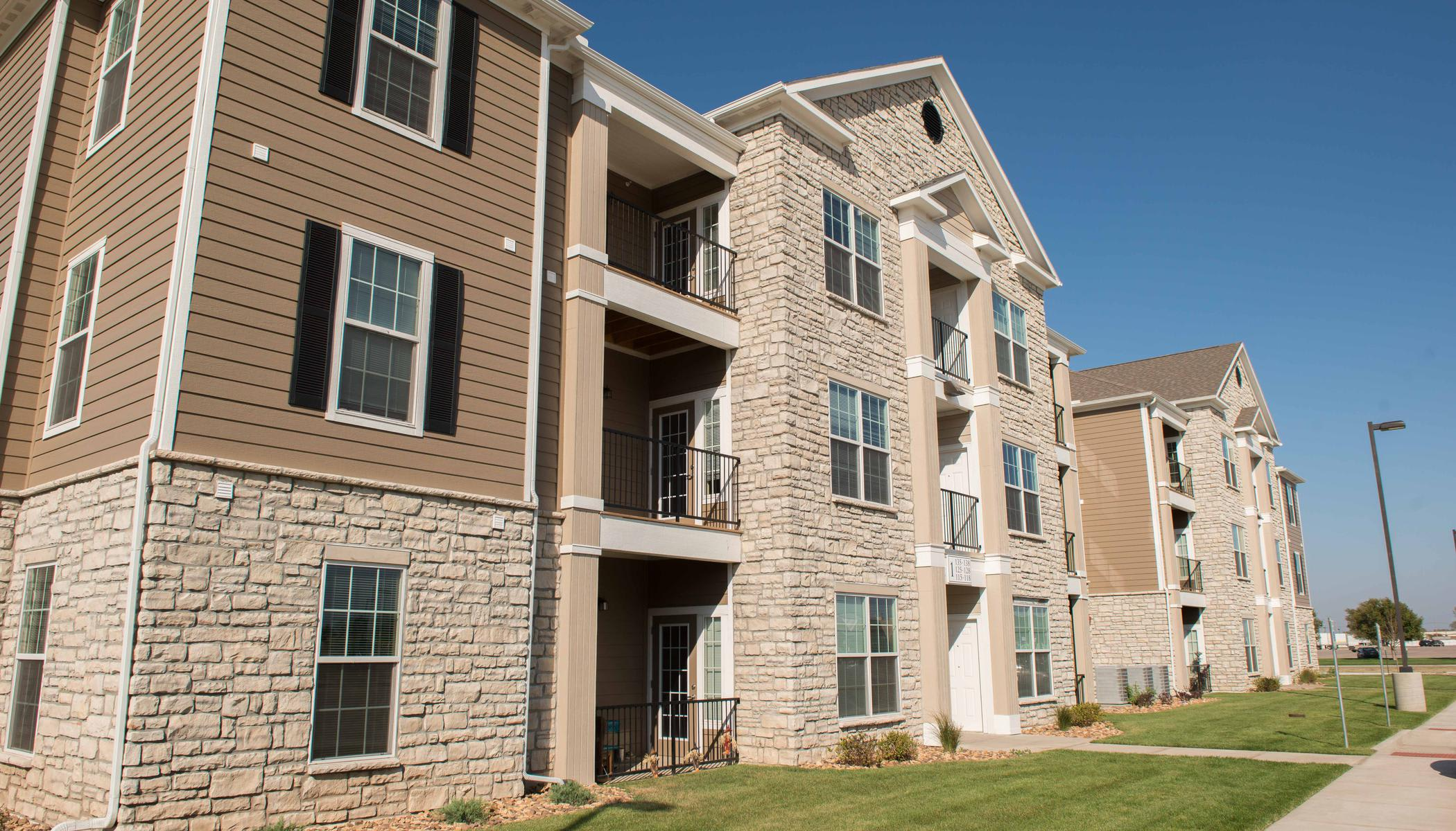 Exterior view of our apartments at The Reserves at Trail Ridge in Great Bend, KS