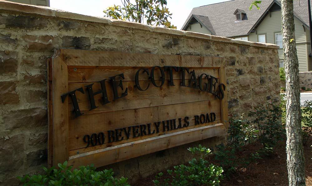 The Cottages of Hattiesburg sign