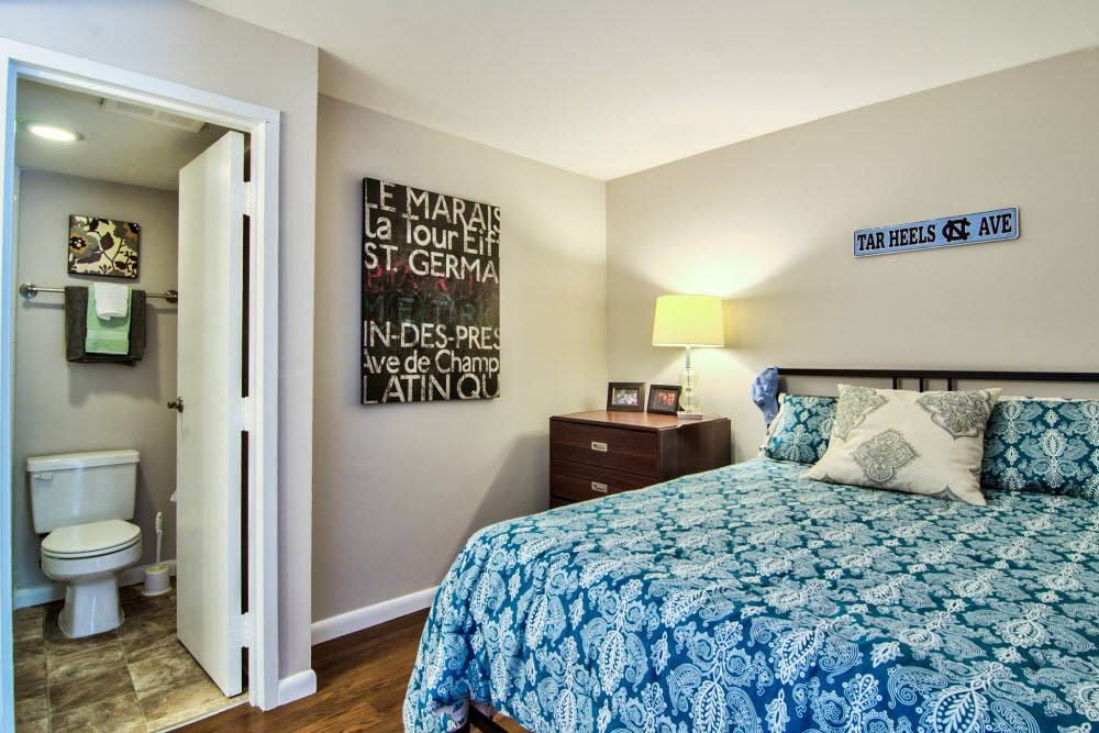 Bed and bath combo at apartments in Chapel Hill