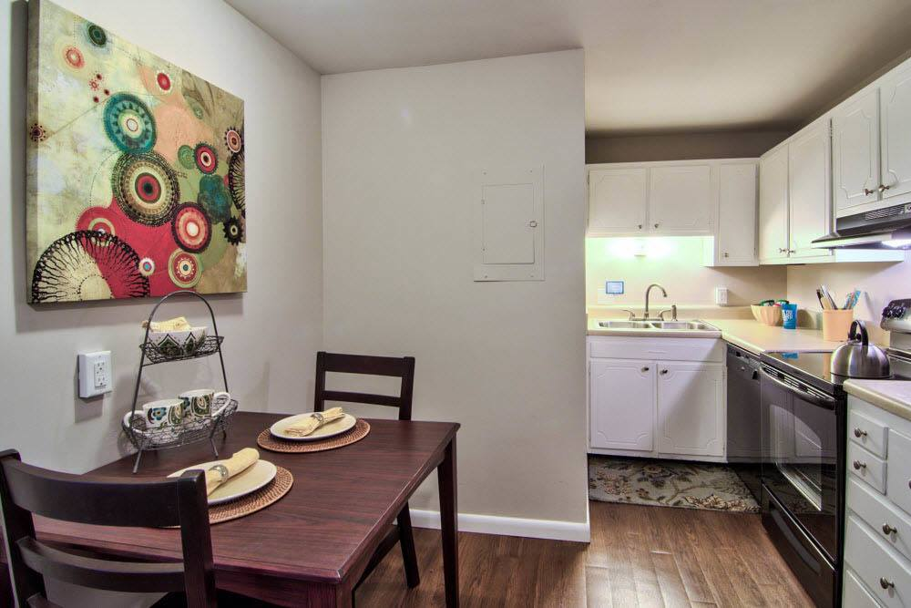 Dining and kitchen area in apartments in Chapel Hill