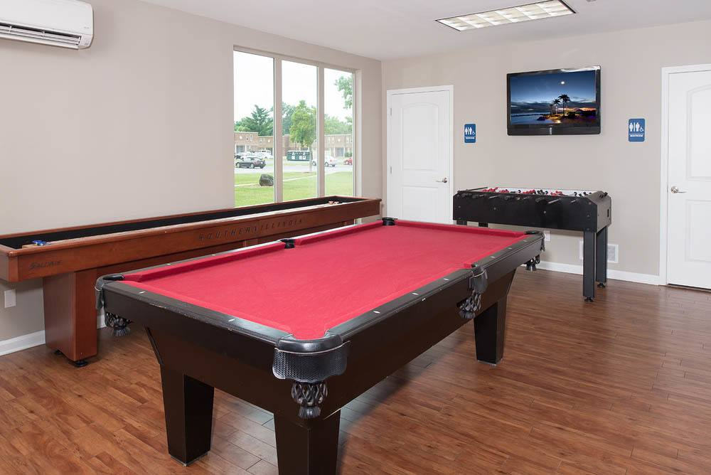 Pool tables at apartments in Carbondale