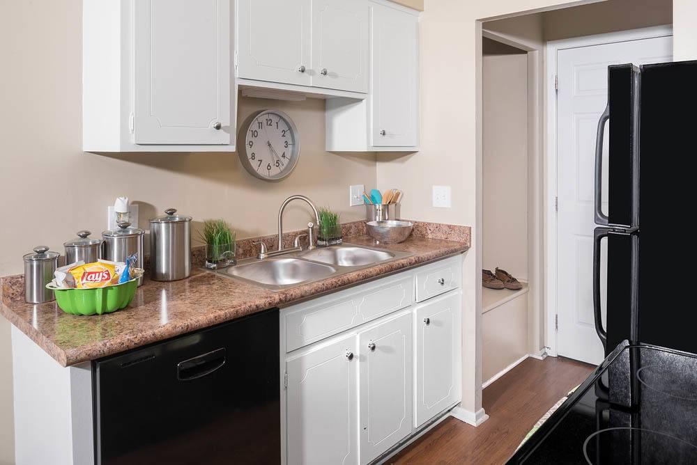 Modern kitchen at University Oaks