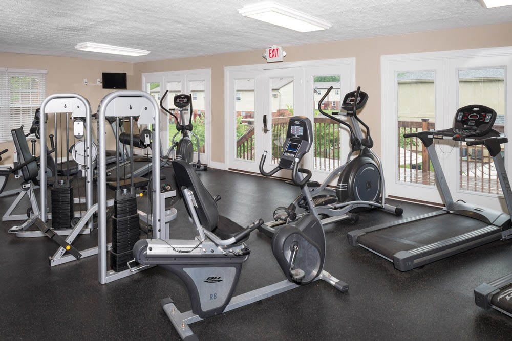 Fitness center at Apartments in Oxford