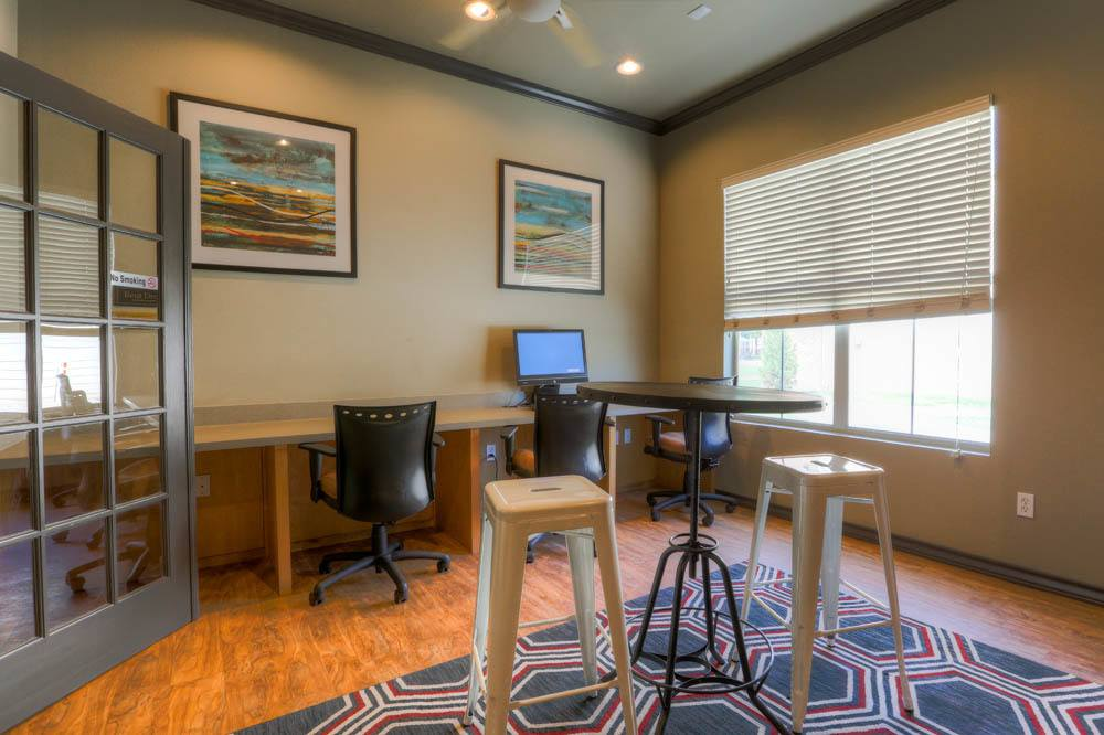 Student business center at apartments in Lubbock