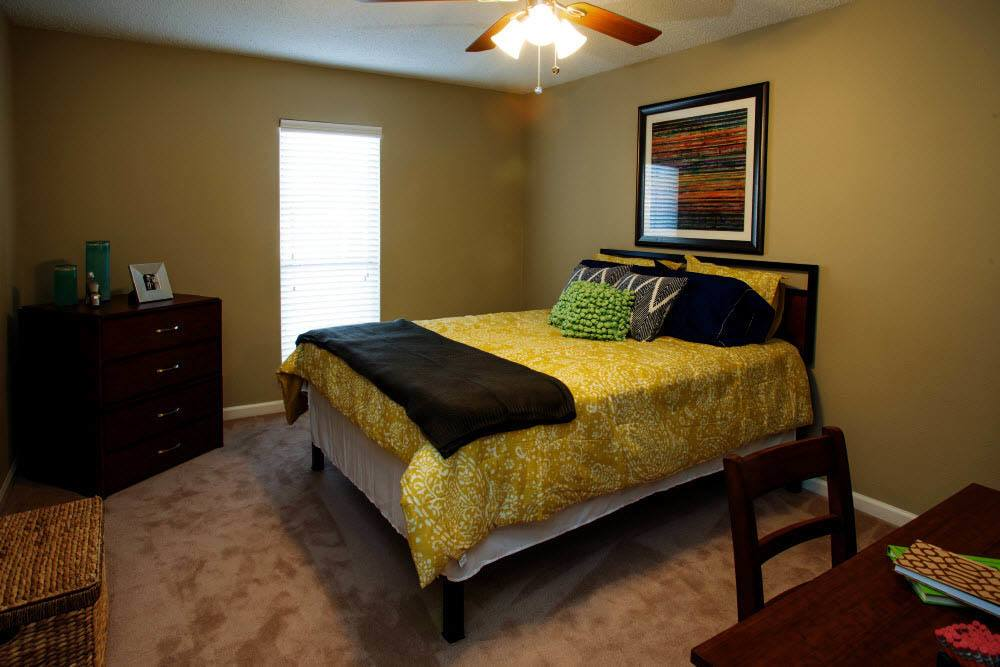 Large bedroom at Raiders Walk Apartments in Lubbock