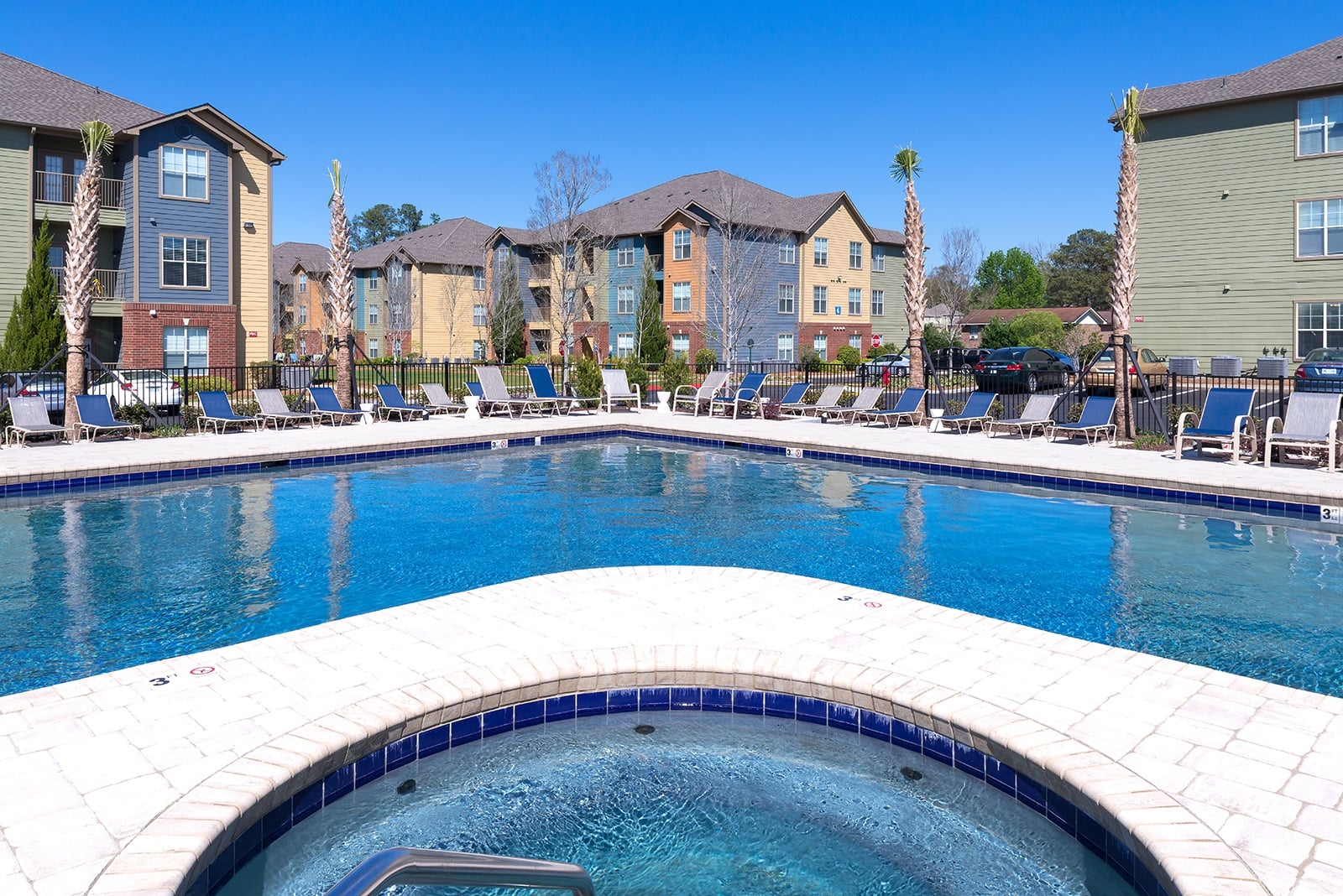 Swimming Pool And Sundeck At Eagle Flatts In Hattiesburg Ms