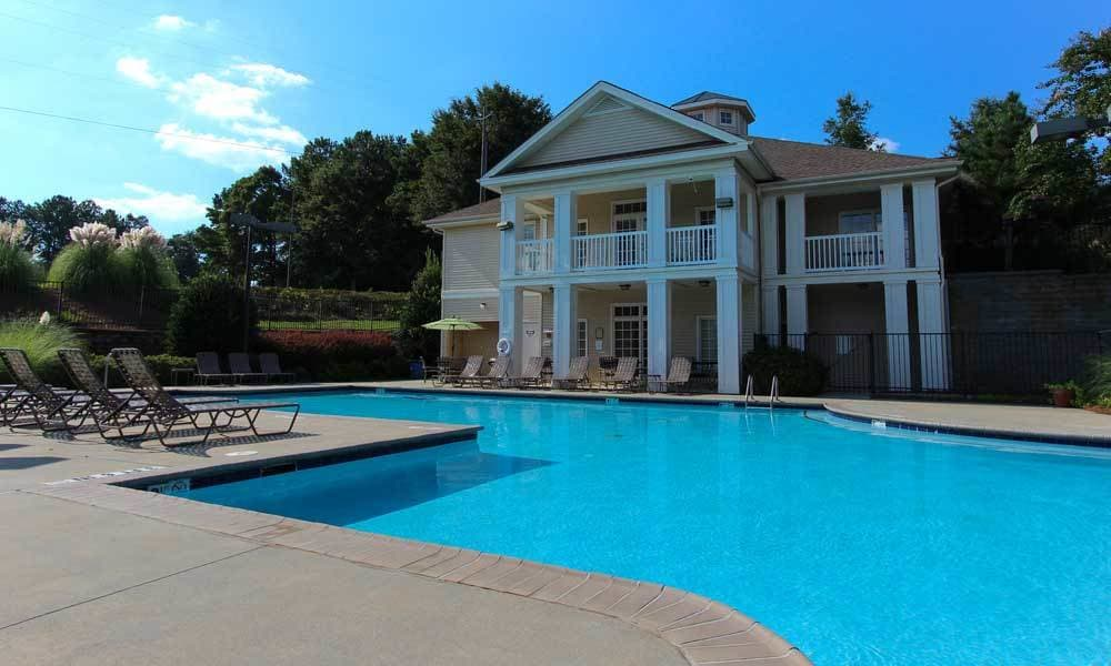 Beechwood Pines luxury outdoor pool