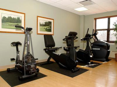 Fitness Center For Seniors at Victory Centre of River Oaks in Calumet City