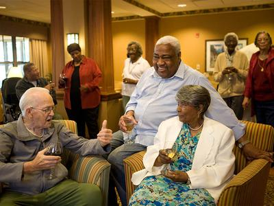 Seniors Socializing at Victory Centre of Sierra Ridge in Country Club Hills