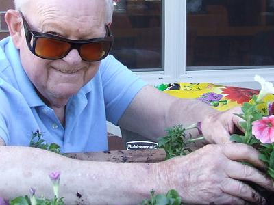 Life enrichment activities at Azpira Place in Lake Zurich, IL
