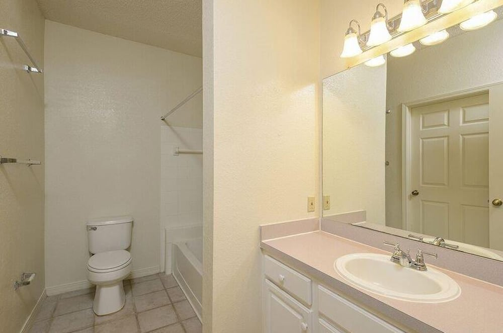 Large bathrooms at Ocean Park of Ponte Vedra