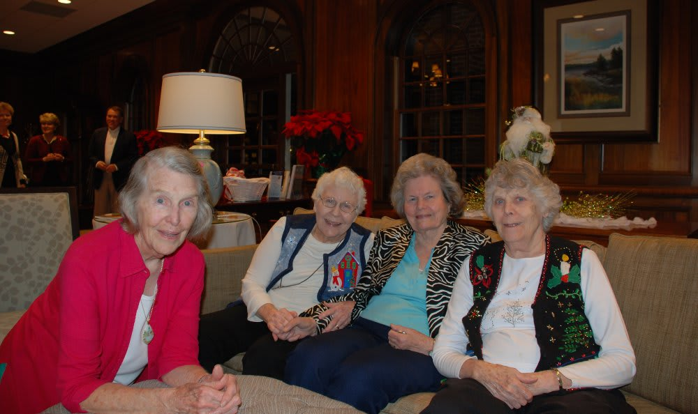 Friends in living room at The Clinton Presbyterian Community