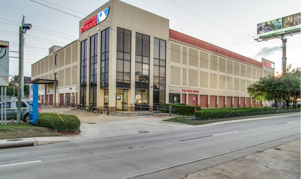 Store front of Advantage Storage - Kirby in Houston, Texas
