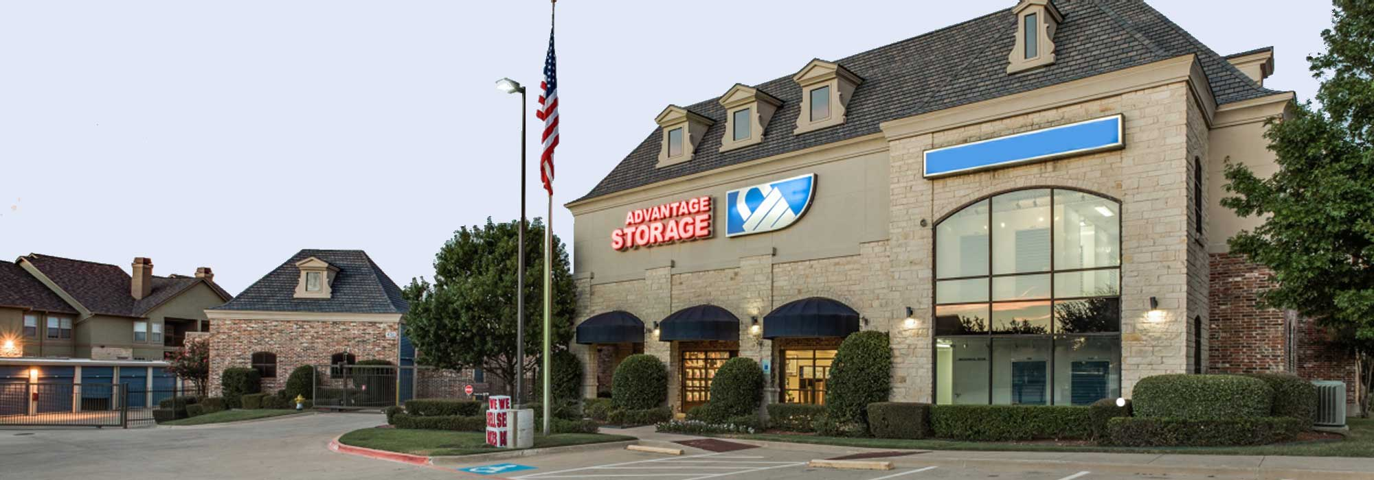 Self storage in Frisco TX