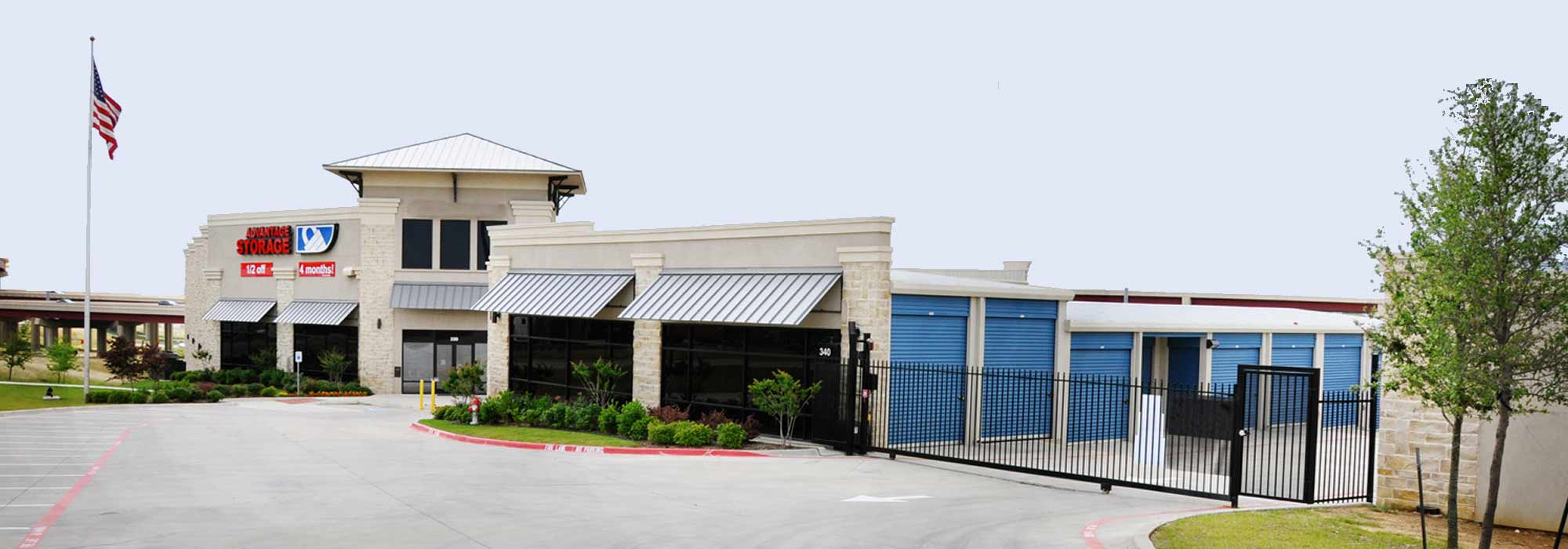 Self storage in Irving TX