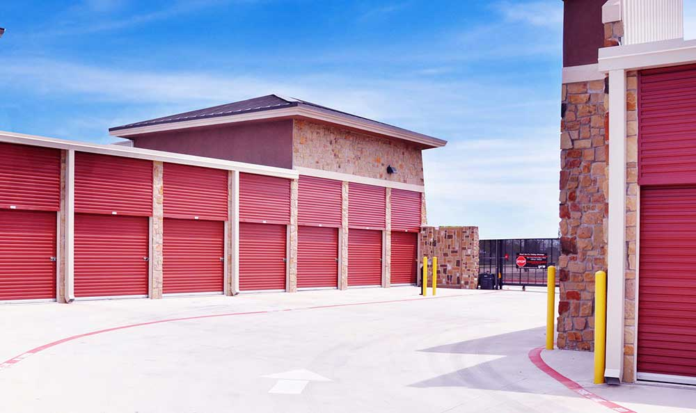 Outside Drive-Up Units at Advantage Storage - McKinney Craig Ranch in McKinney, TX.