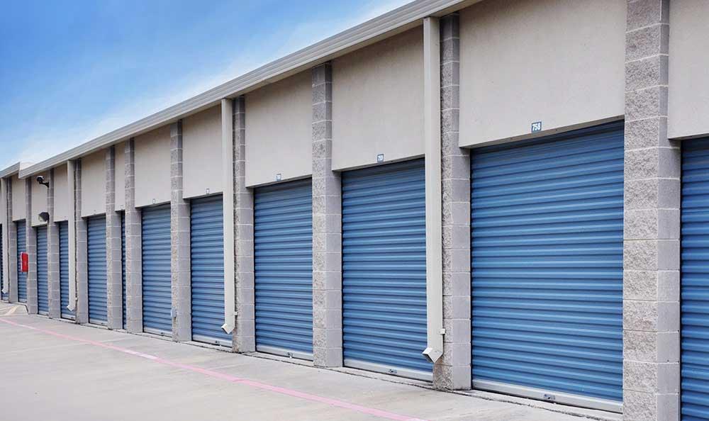 Outside Drive-Up Units at Advantage Storage - Rowlett in Rowlett, TX
