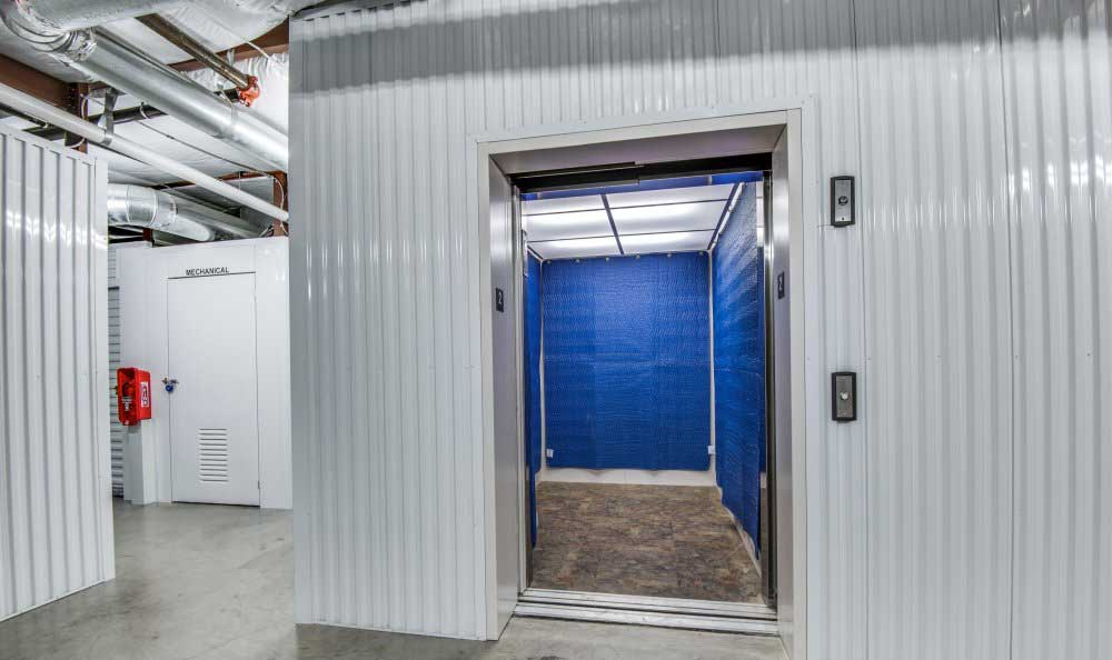 Easy access with an elevator at Advantage Storage - Plano Superior.