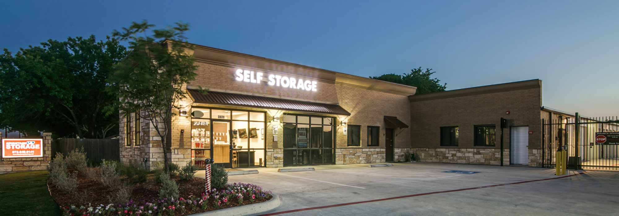 Self storage in Garland TX