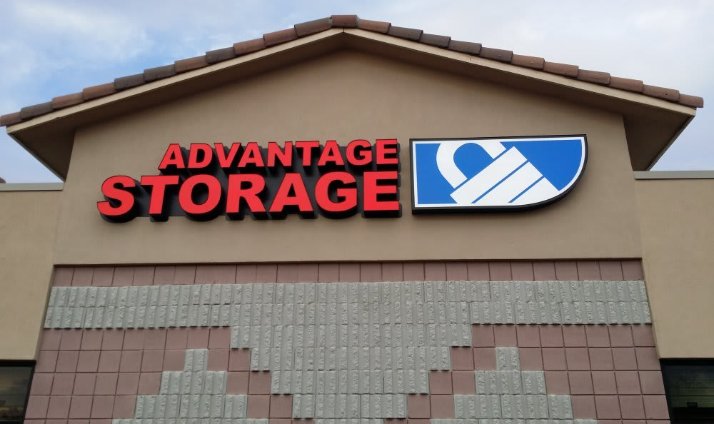 Welcome to Advantage Storage - Avondale.