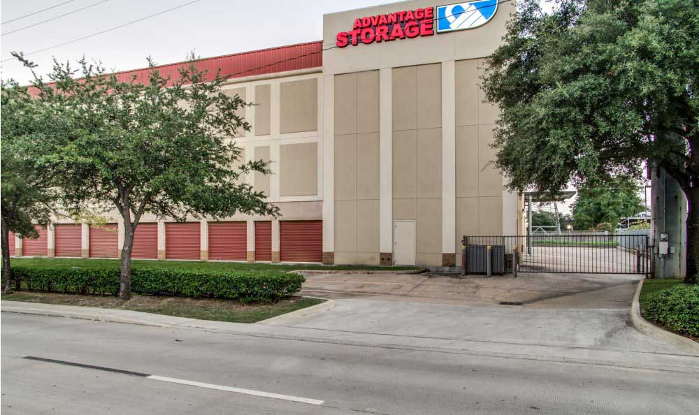 Welcome to Advantage Storage - Kirby