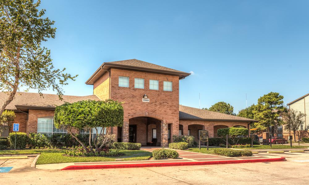 Clubhouse Exterior View at Sutter Ranch Apartments in Houston, TX