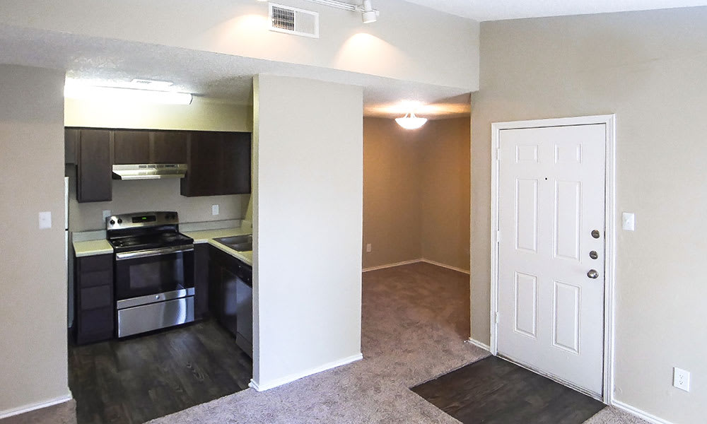 Creekside Apartments kitchen entry