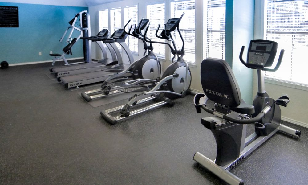 Fitness center at Enclave at Cityview