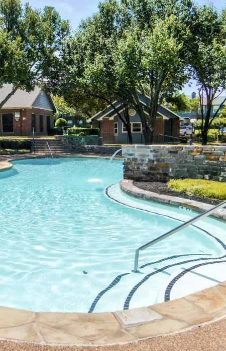 Swimming pool at Eagle's Point Apartments