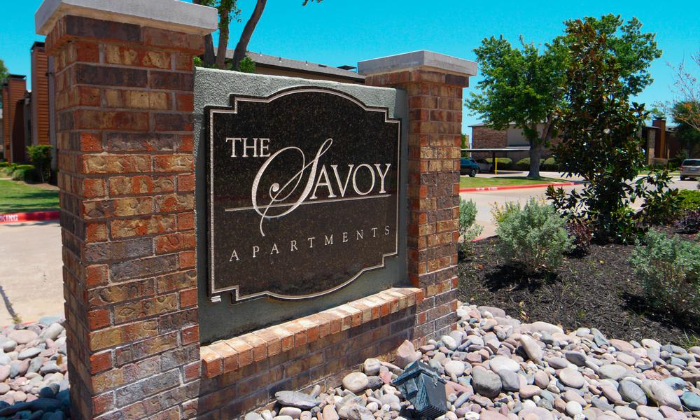 Entrance Sign at Savoy Apartments in Fort Worth