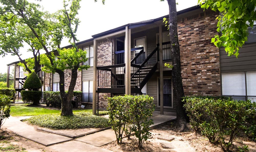 Building View From Exterior at Cambury Place Apartments in Houston