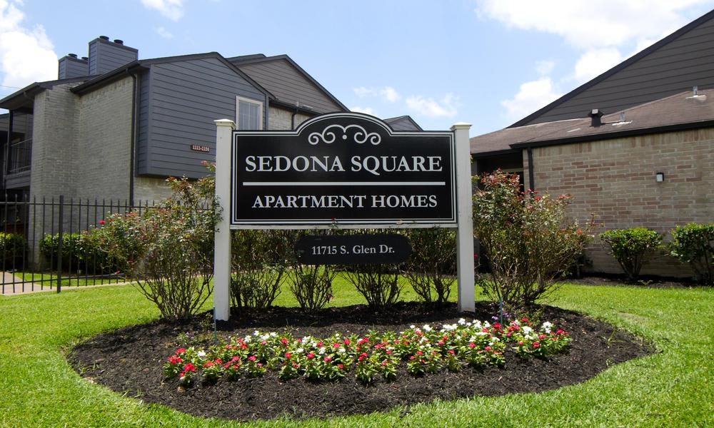 Entrance Sign at Sedona Square Apartments in Houston, TX