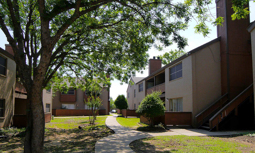Grounds around apartments in Fort Worth