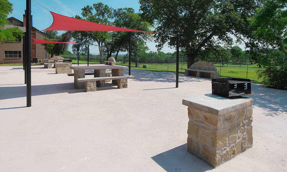 Outdoor grill and patio at Oakland Hills