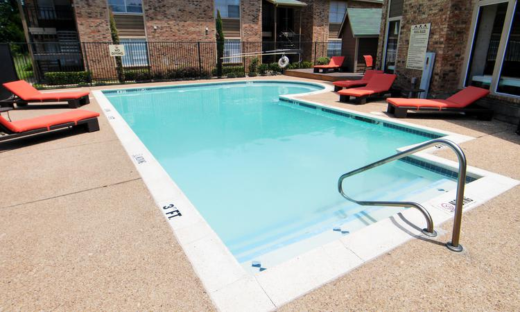 Enjoy apartments with a swimming pool at Tuscany Apartments