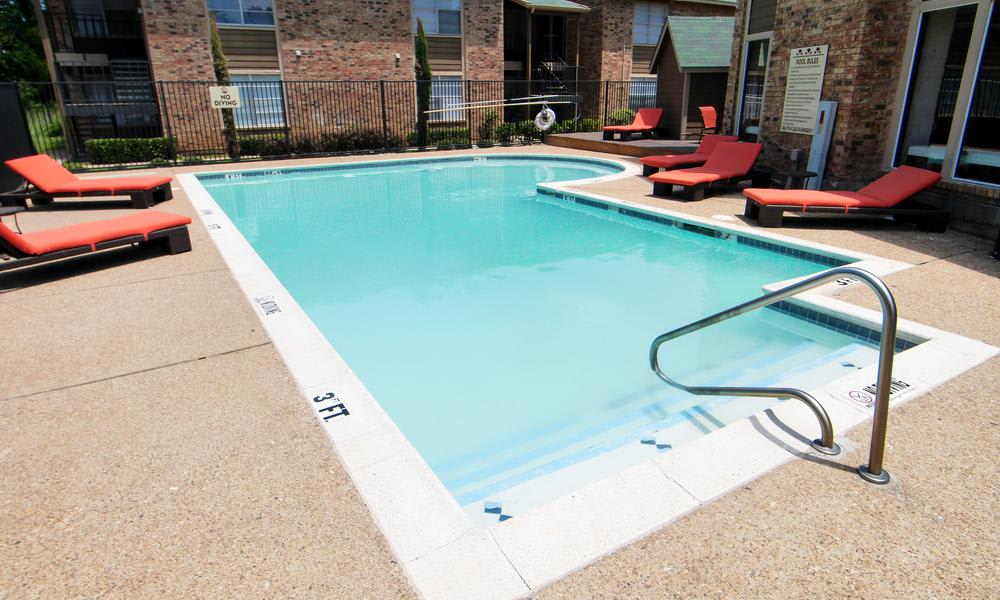 Tuscany Apartments offers a swimming pool in Fort Worth, TX
