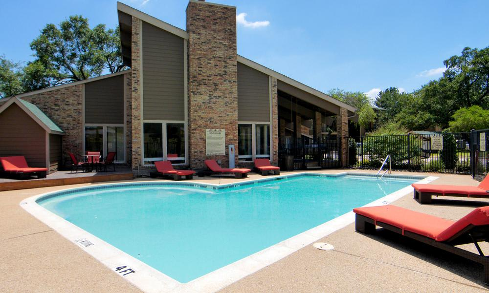 Tuscany Apartments offers a great for entertaining swimming pool in Fort Worth, TX
