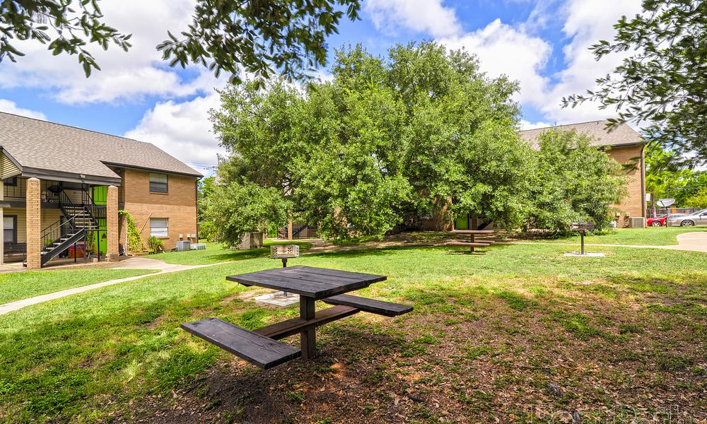 Park Benches at Renaissance Park Apartments in College Station, TX