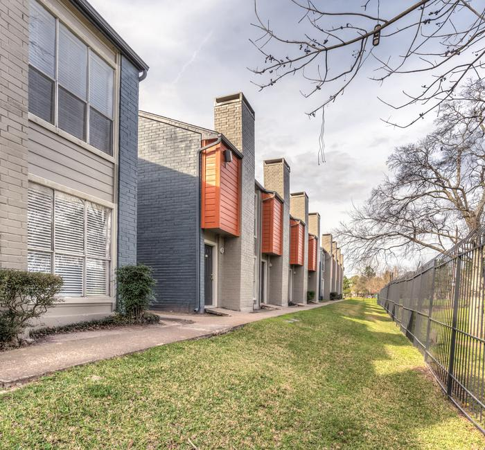 Greenspoint Houston Apartments Townhomes Near Walmart