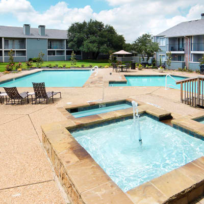 Available amenities at Magnolia Crossing