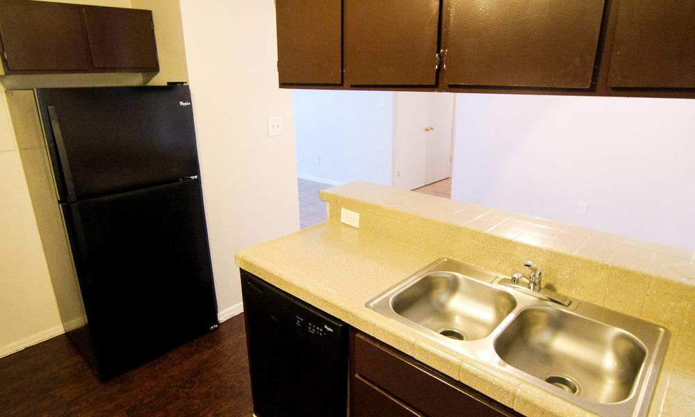 Taylor Commons in Fort Worth, TX offers apartments with stainless-steel appliances