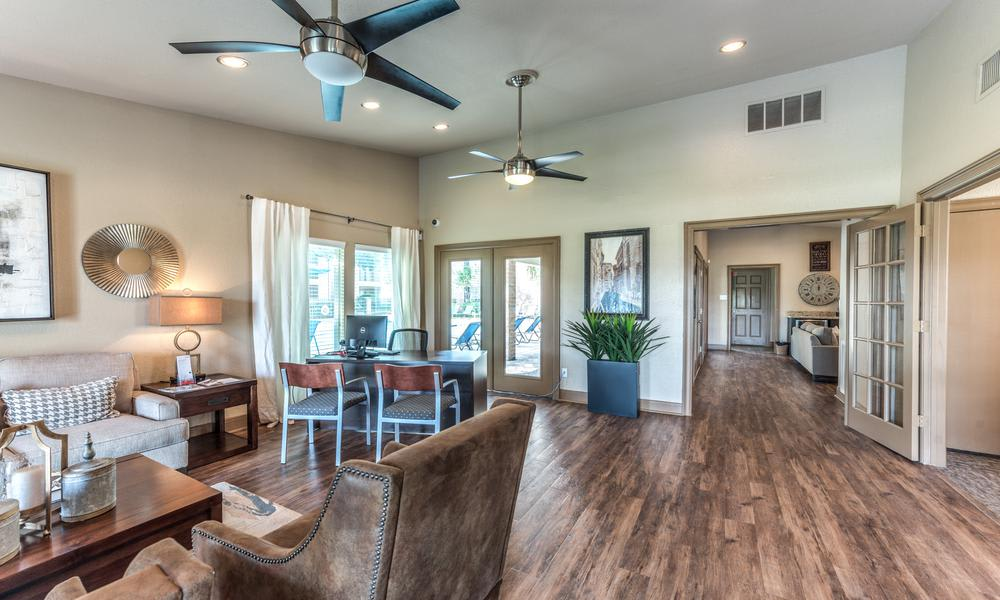 Clubhouse Living at Verano Apartments in Houston, TX
