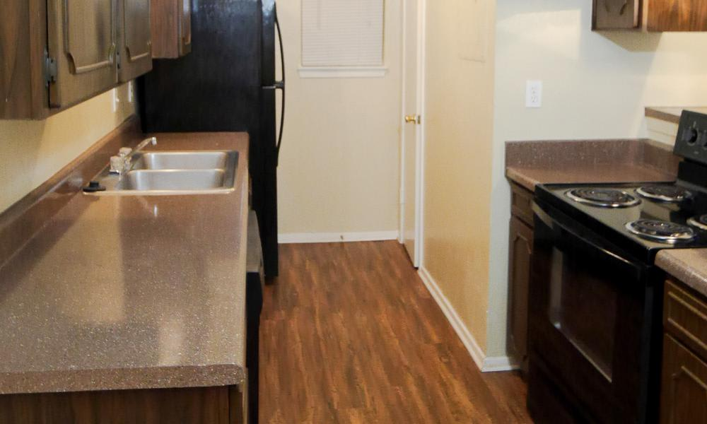 Wyndham Pointe offers a modern kitchen in Fort Worth, TX