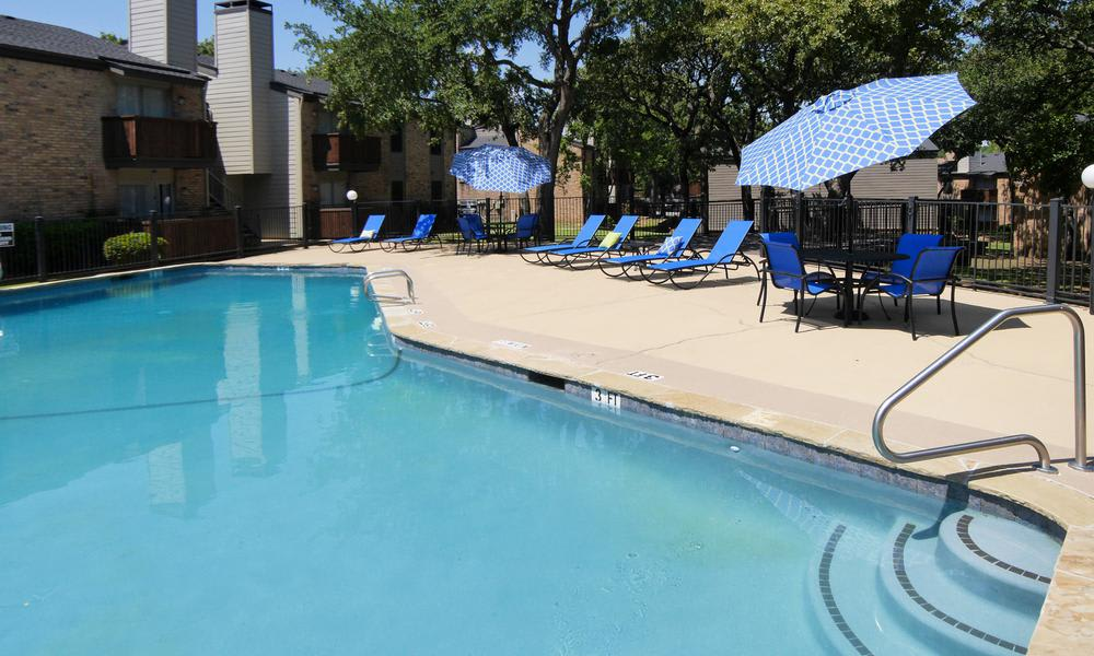 Enjoy a great for entertaining swimming pool at Wyndham Pointe apartments