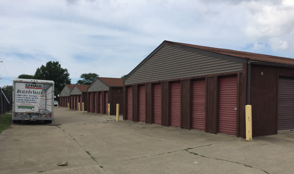 The facility at Euclid Self Storage will keep your belongings safe