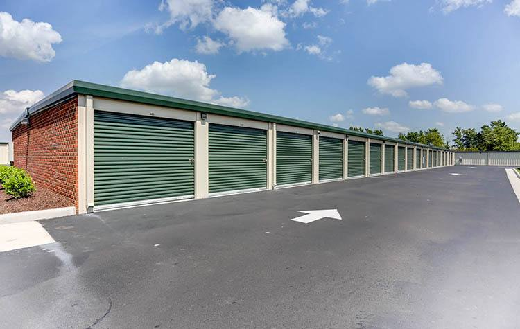 Wide driveways At Happy Boxes Self Storage in Portsmouth, Virginia