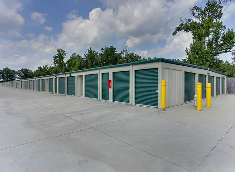 Exterior of Self Storage in Chester, Virginia