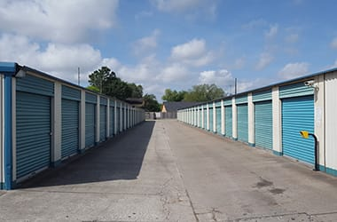Wide aisles make moving in and out easy at Inwood Storage